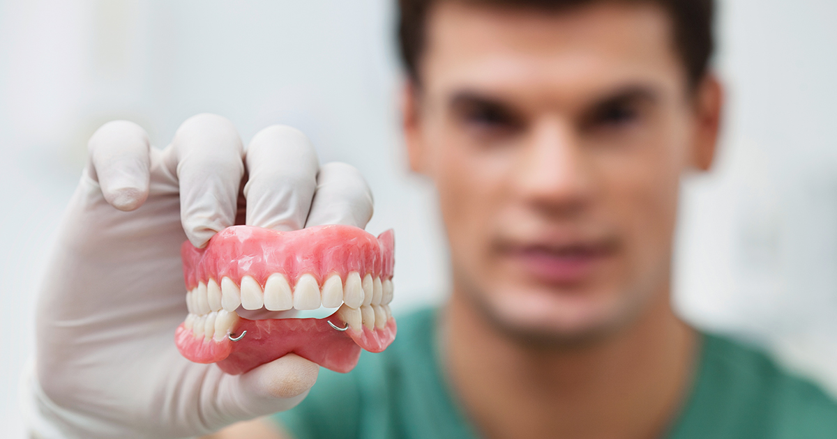 dca-blog-525-Dentures_1200x630